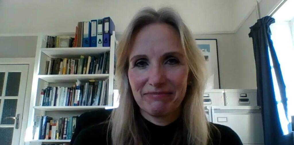 Dr Sarah Ross